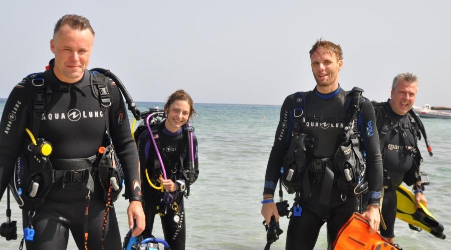 Jak nauczyć się nurkować?